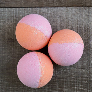 Flamingo – Atomic Bath Bomb